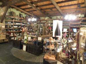 tienda Moncloa de San Lázaro