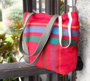 bolso hippie rojo